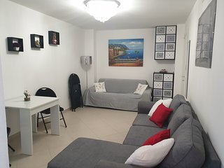 Menton Apartment Sleeps 4 with Air Con and WiFi - 5810087