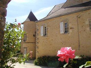 Au coeur du Périgord Noir à louer Manoir 20 personnes près de Sarlat en Dordogne