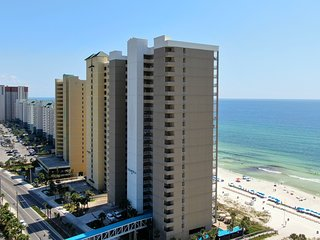 Luxury Ocean Front condo-Master on Gulf! Free Beach chairs. Million Dollar Views