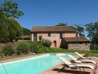 Il Castagno Villa Sleeps 8 with Pool and WiFi - 5247767