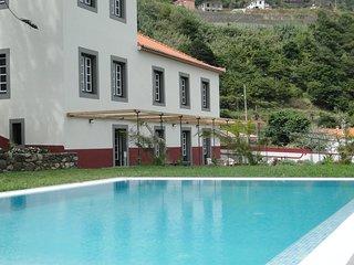 Casa da Torre | Casa Oliveira Esmeraldo