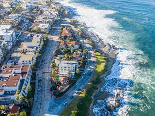 Stunning Luxury Oceanfront House, Multiple Patios, Views - Downtown La Jolla