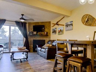 Long Term Discounts, Walk to Ski, Steps to Bus, Private Unit Entrance/Balcony, H