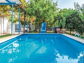 Amazing apartment in Cordoba w/ Outdoor swimming pool, Outdoor swimming pool an