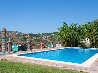 Town Apartment A, con piscina compartida