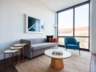Sonder | Shift Apartments | Vibrant 2BR + Pool