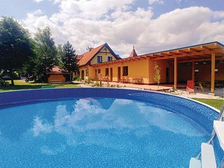 Beautiful apartment in Liptovsky Mikulas w/ Outdoor swimming pool, WiFi and Outd