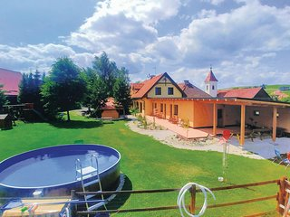 Nice apartment in Liptovsky Mikulas w/ Outdoor swimming pool, Outdoor swimming p
