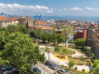 Stunning apartment in Rijeka w/ WiFi and 1 Bedrooms (CKO875)