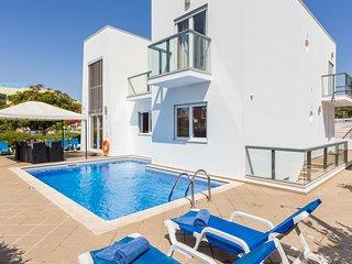UP TO 45% OFF! VENTUS Villa w/ pool, games room, AC, free WiFi, Marina Albufeira