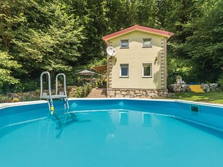 Awesome home in Krizisce w/ WiFi and 2 Bedrooms