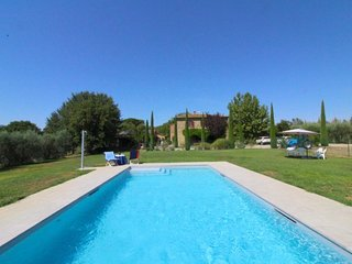 Patalecchia Villa Sleeps 10 with Pool and WiFi - 5765163