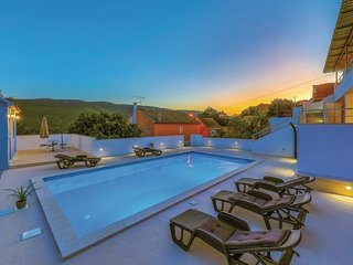 Stunning home in Primorski Dolac w/ WiFi and 4 Bedrooms (CDT741)