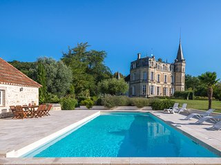 8 bedroom Chateau with Pool and WiFi - 5809346