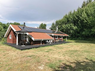 Amazing home in Aakirkeby w/ Sauna, WiFi and 4 Bedrooms (I52625)