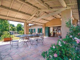 Twee charmante huizen op heuvelhelling in Lazio