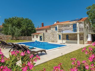 Stunning home in Mihelici w/ WiFi and 3 Bedrooms