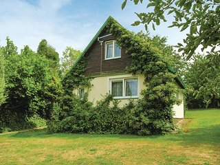 Amazing home in Lipova w/ 2 Bedrooms (TBW532)