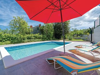 Awesome home in Labin w/ WiFi, 3 Bedrooms and Outdoor swimming pool