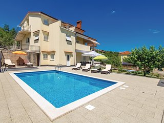Beautiful home in Viskovo w/ Outdoor swimming pool, WiFi and 4 Bedrooms