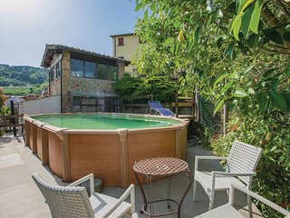 Awesome home in Pescia -PT- w/ 1 Bedrooms (ITT243)