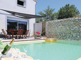Nice home in Montelimar w/ WiFi, 3 Bedrooms and Outdoor swimming pool (FPD286)