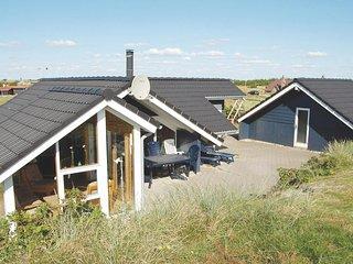 Nice home in Hvide Sande w/ Sauna, WiFi and 4 Bedrooms