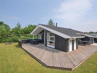 Stunning home in Glesborg w/ Sauna, WiFi and 3 Bedrooms (E5015)
