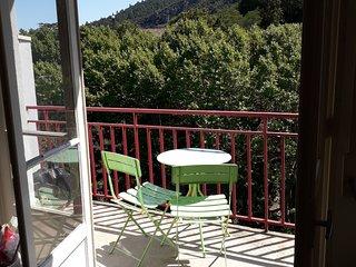 Au pied des Thermes - Joli studio renove + balcon - Vue degagee s/ la montagne