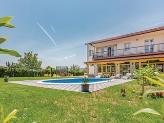 Amazing home in Glavina Donja w/ WiFi, 3 Bedrooms and Outdoor swimming pool