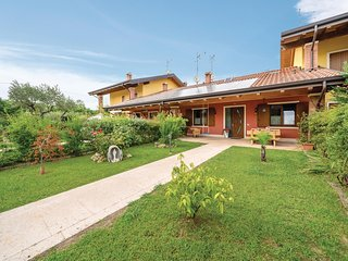 Beautiful home in Verona VR w/ WiFi, Outdoor swimming pool and 5 Bedrooms