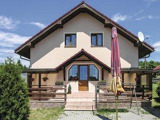 Stunning home in Sindelova w/ 3 Bedrooms