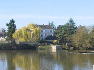 Le Moulind du Port entre chateau de Chenonceau et Zoo de Beauval