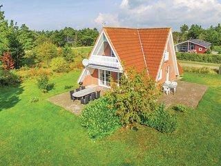 Nice home in Skjern w/ Sauna, WiFi and 3 Bedrooms
