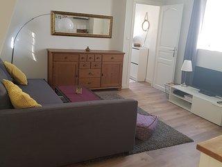 Joli appartement fonctionnel 70m² à 10 min/centre Capacité jusqu'à 8 voyageurs