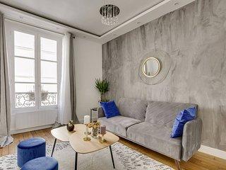 Design Apt 4 pers - Paris 8eme