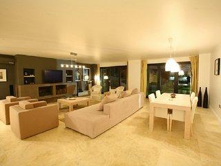 Bodrum Gümbet Ultra Luxury Duplex Apartment By The Sea Side