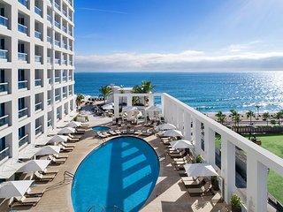 Luxury Beachfront Hotel 2 Bedroom + 2 Bath
