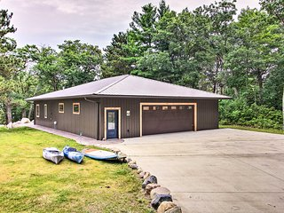 Lakefront Home w/Private Dock-15 Mi to Walker