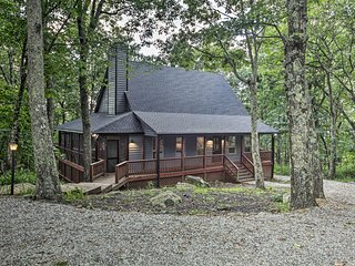 Prvt Cabin w/Hot Tub, Mins to Wintergreen Rst
