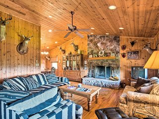 NEW-Doe Hill Cabin w/Firepit 11mi to Trout Fishing