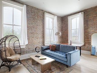 Sonder | Gravier Place | Relaxed 1BR + Laundry