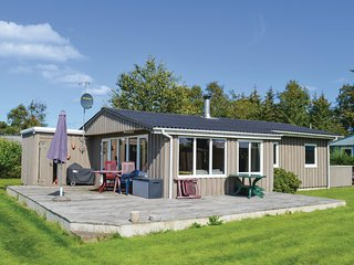 Amazing home in Hadsund w/ 2 Bedrooms
