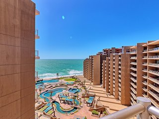 BIG Ocean View 3 Bedroom Condo With Wrap-Around Patio at Las Palomas