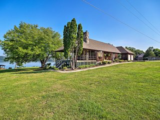Waterfront Kingston Home on Watts Bar Lake!