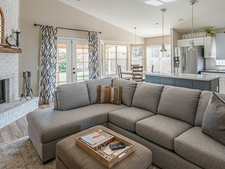 Stunning 4BR in North Scottsdale by WanderJaunt