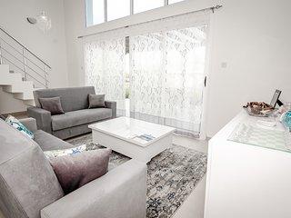Joya Cyprus Sunbathed Garden Apartment