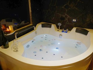 Habitación con Jacuzzi, casa Spa Vacacional con baño turco