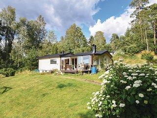 Nice home in Torestorp w/ Sauna and 2 Bedrooms (S50281)