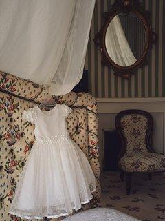 Chambre de princesse, fille , mariage , robe bébé, belle décoration, réception, famille, amis,